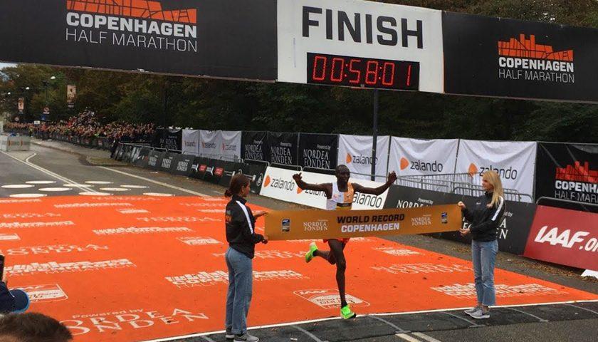 Geoffrey_Kamworor_Half_Marathon_WR_2019